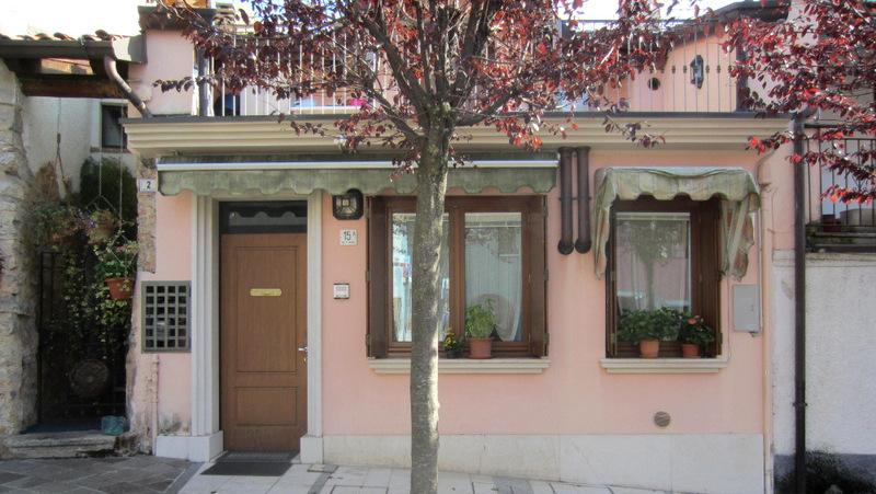 LUMEZZANE (BS) Gazzolo – Casa indipendente con terrazza