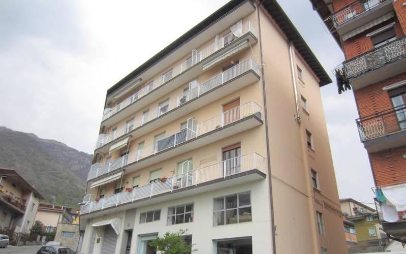 LUMEZZANE (BS) Piatucco – Trilocale con balcone
